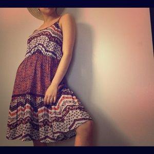 Dresses & Skirts - ✨Retro✨ spring/brandy melville inspired cami dress